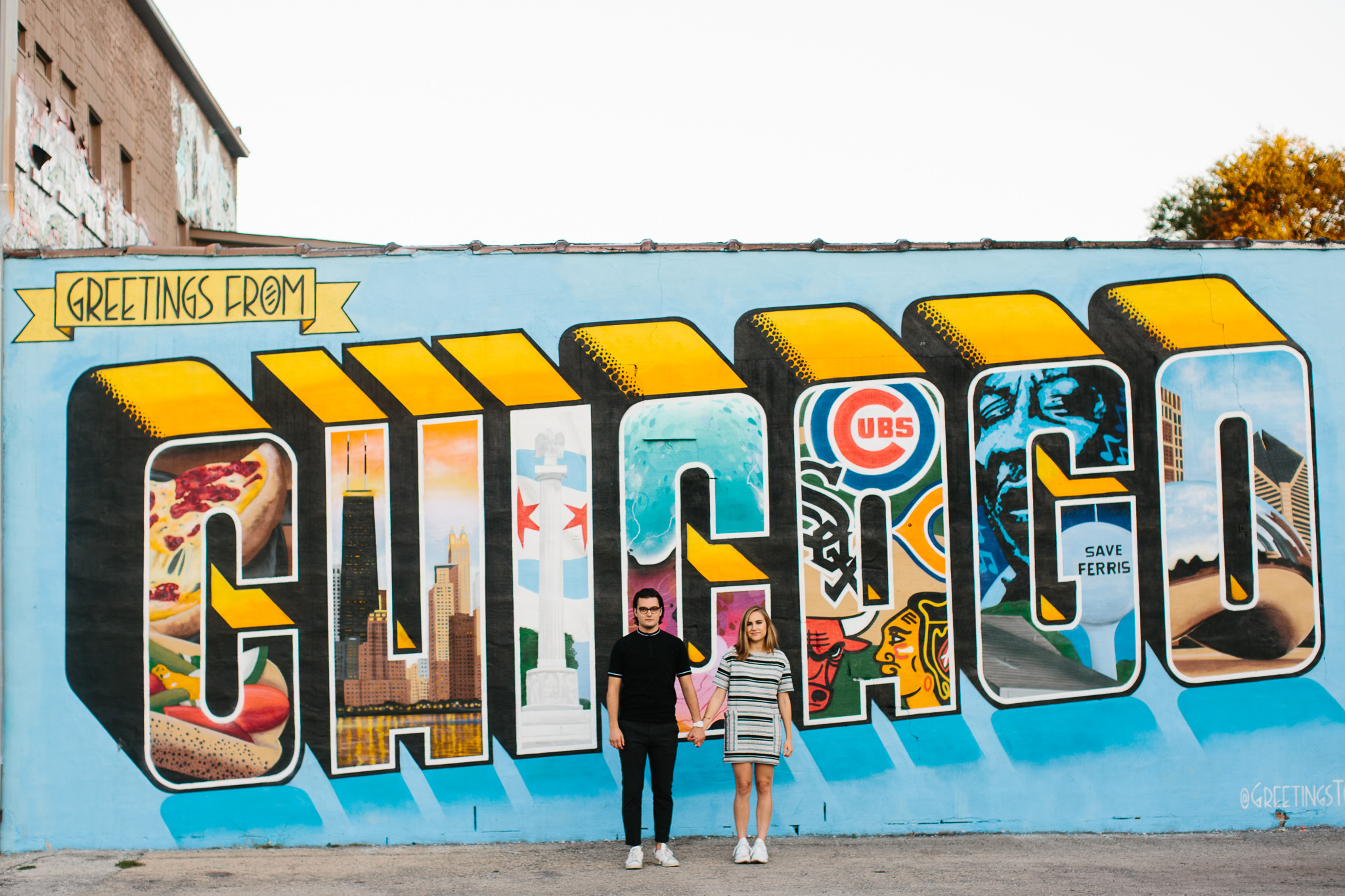 """Greeting from Chicago"" engagement shoot photos"